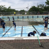 プール清掃 兵庫県 中学校